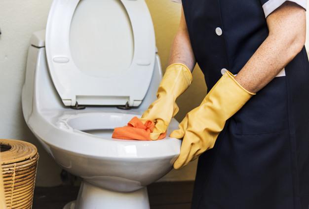 ฝันว่าล้างห้องน้ำหมายถึง