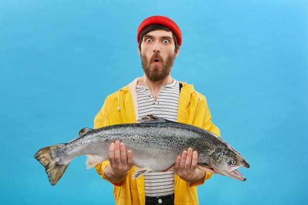 ฝันว่าจับปลาตัวใหญ่